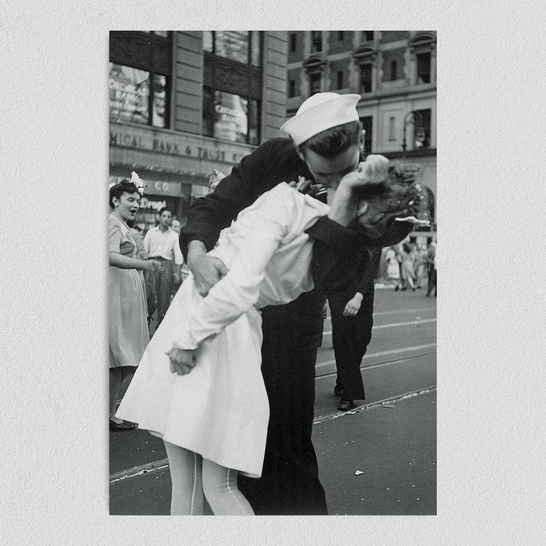 The Kiss Vintage U.S. Navy Art Print Poster 12″ x 18″ Wall Art H1050